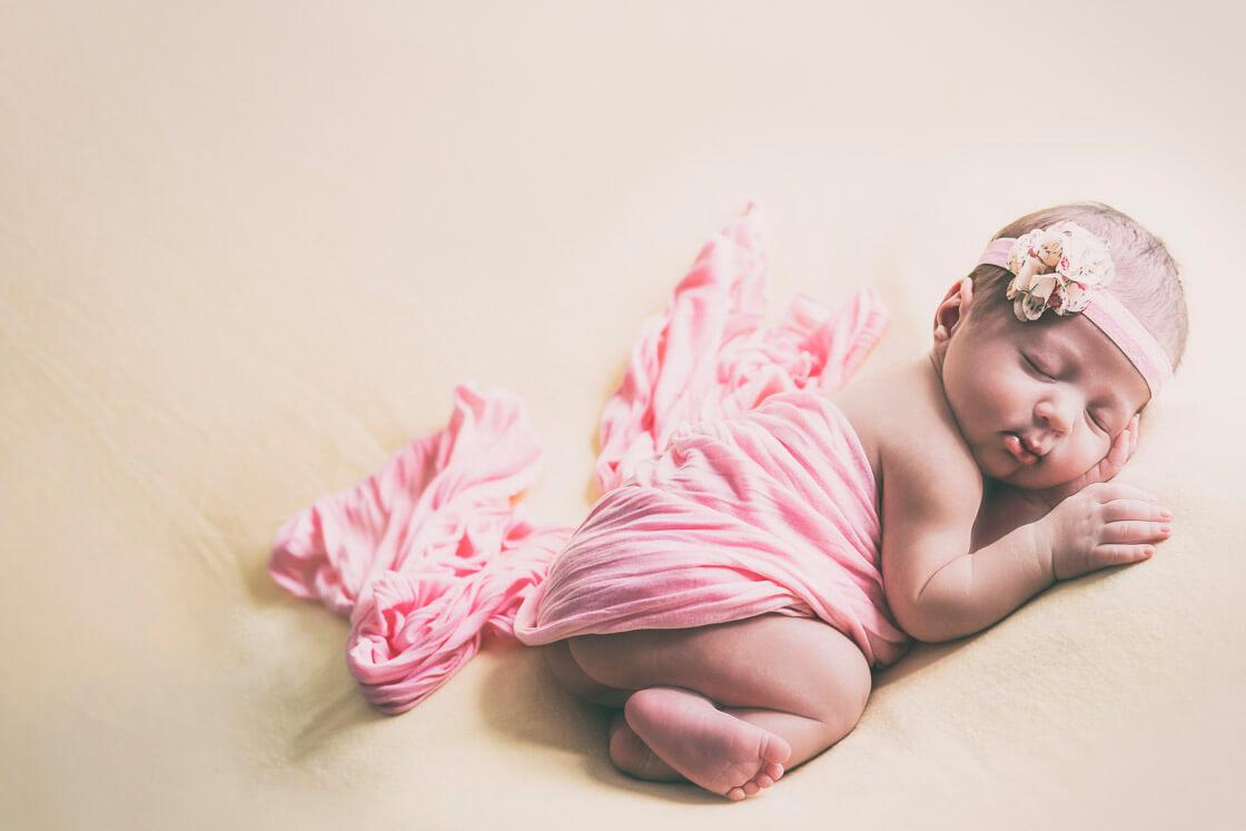 fotografía de recién nacidos-sobre- benbag-zaragoza-roberto-montorio